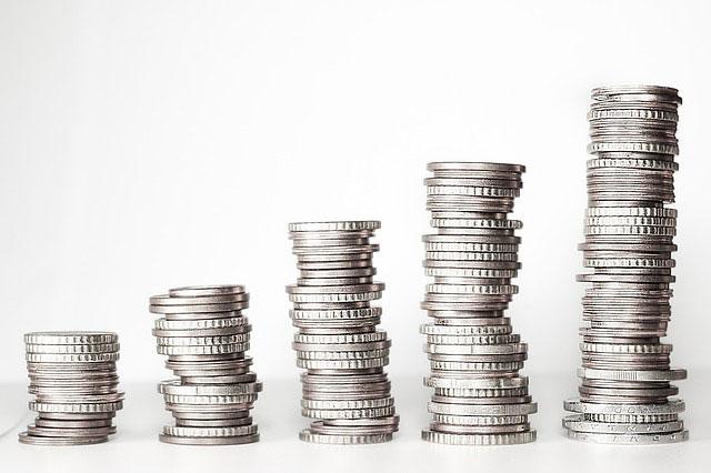 Jakie są koszty w przypadku braku terminowej spłaty zadłużenia?