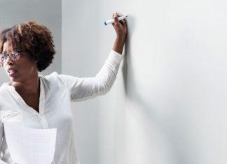 Jak wybrać kurs, który przygotuje do zdobycia certyfikatu CAE?