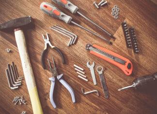 Czy warto korzystać z wypożyczalni sprzętu budowlanego